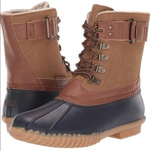New faux fur lined lace up rain or snow duck boots